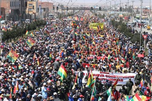 Bolivie-foule_20-10-2008.jpg