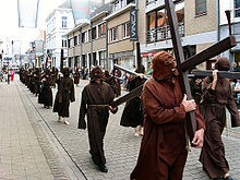 220px-Veurne_Penitential_Procession.jpg
